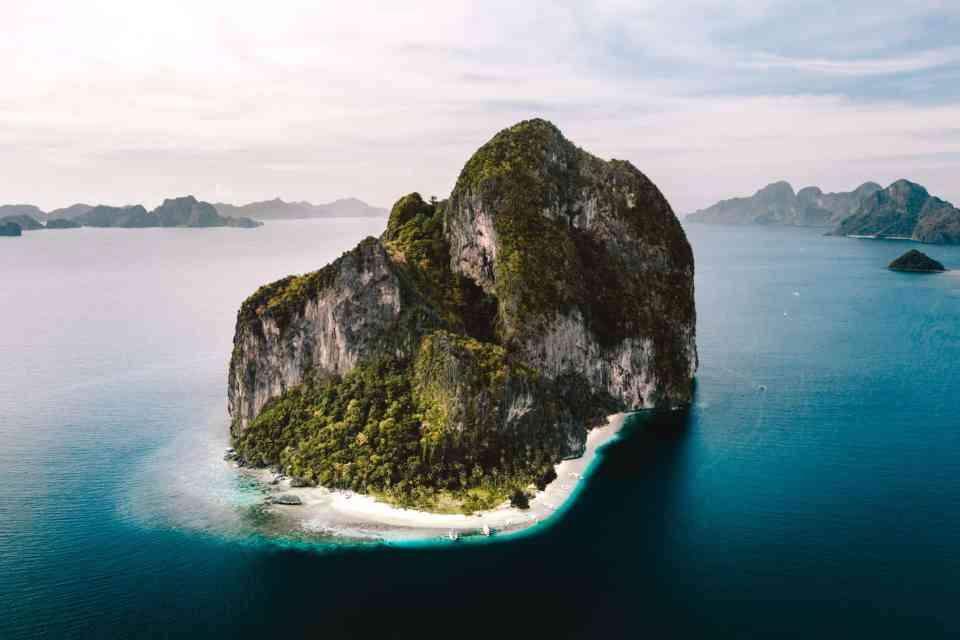 best honeymoon destination El Nido, Philippines