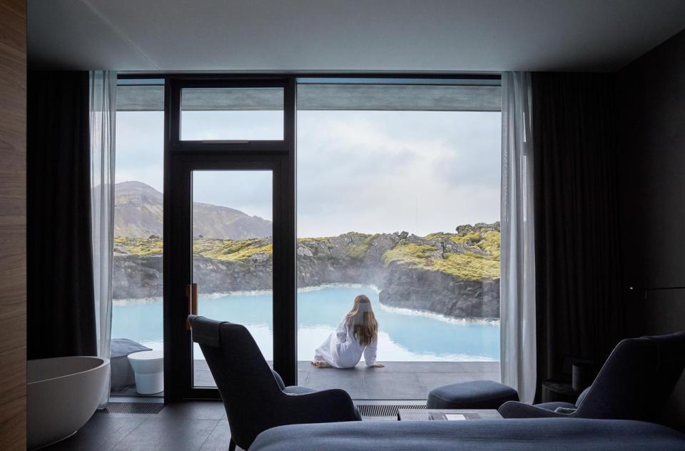 best honeymoon destination The Retreat at Blue Lagoon Iceland