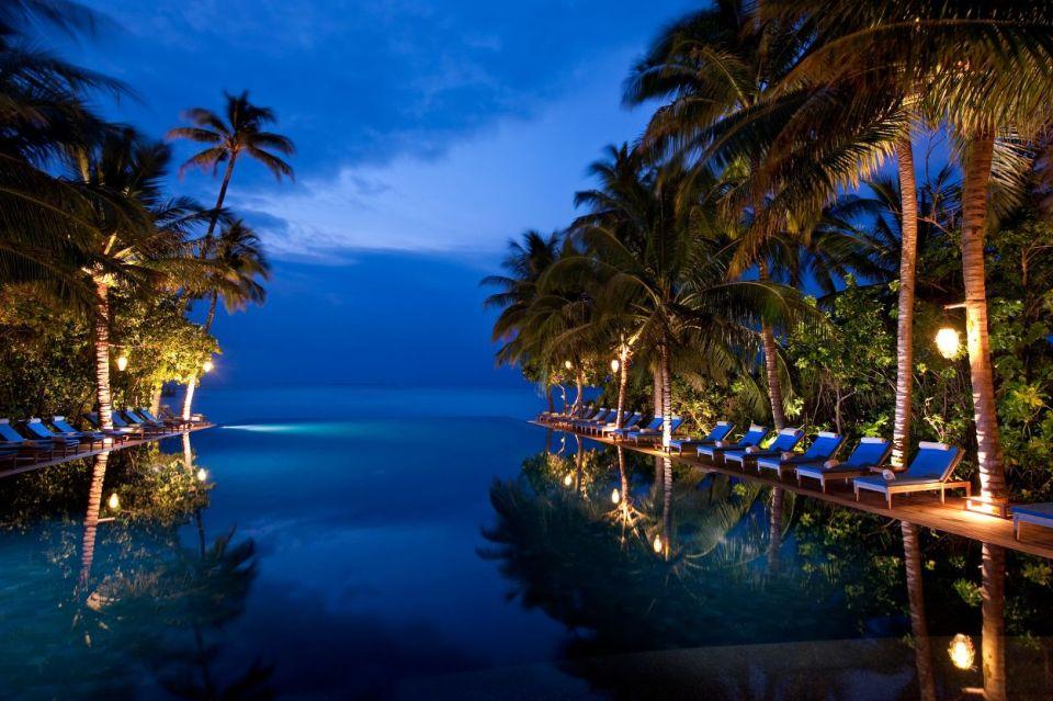 Reflections Infinity Pool