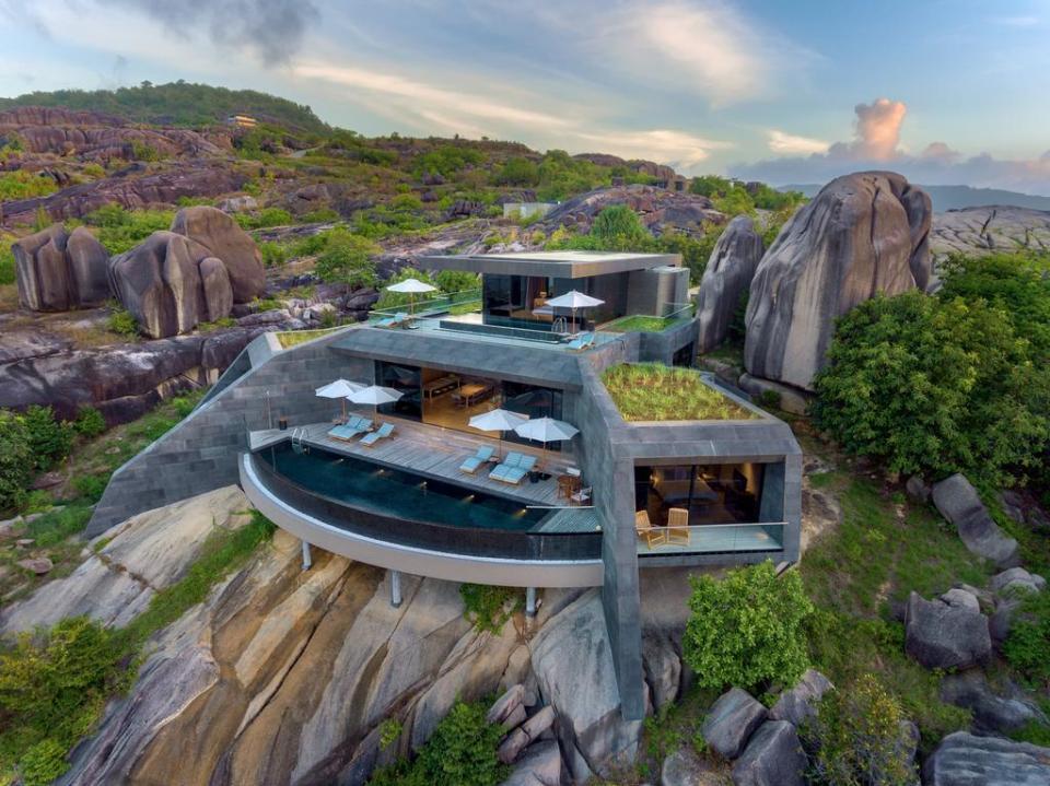 best honeymoon destination Six Senses Zil Pasyon