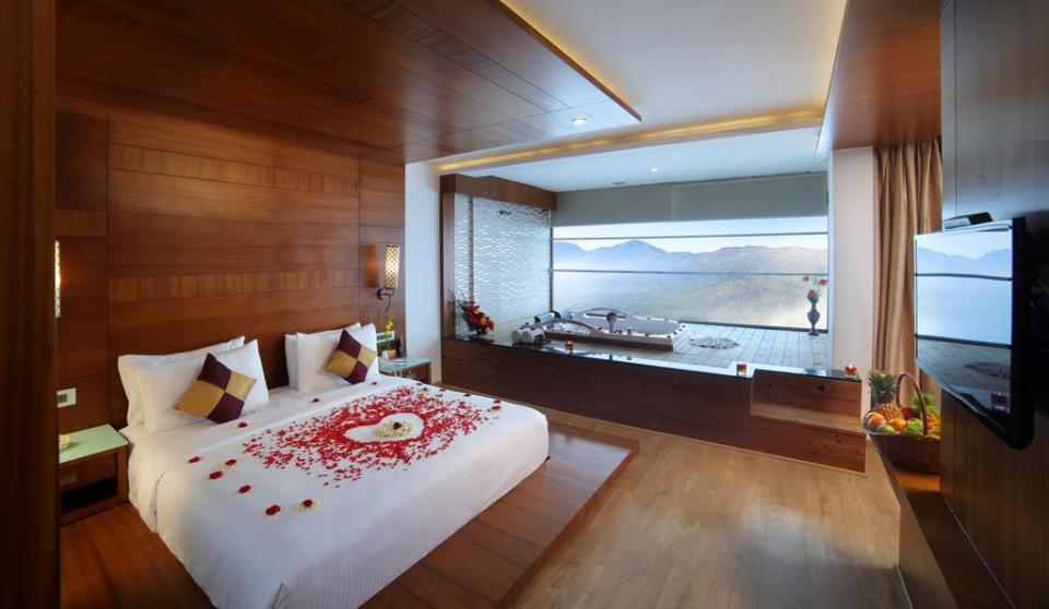 india honeymoon Amber Dale Luxury Hotel & Spa