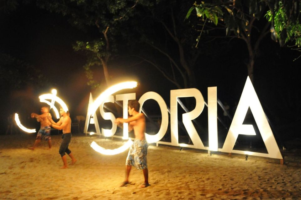 palawan honeymoon Astoria Palawans dinner buffet