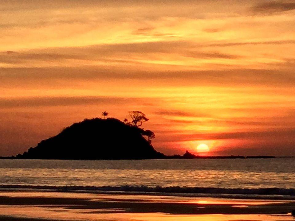 palawan honeymoon Nacpan Beach
