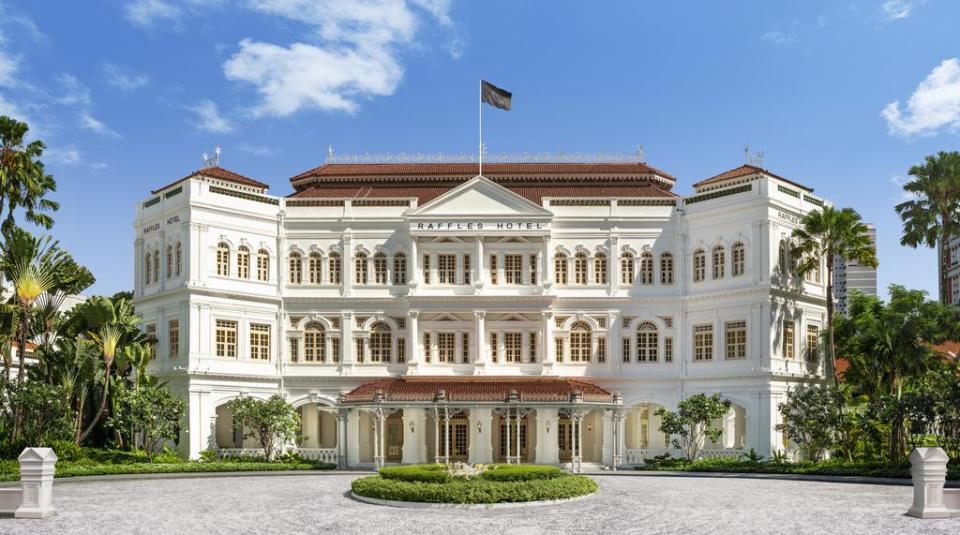 singapore honeymoon Raffles Singapore