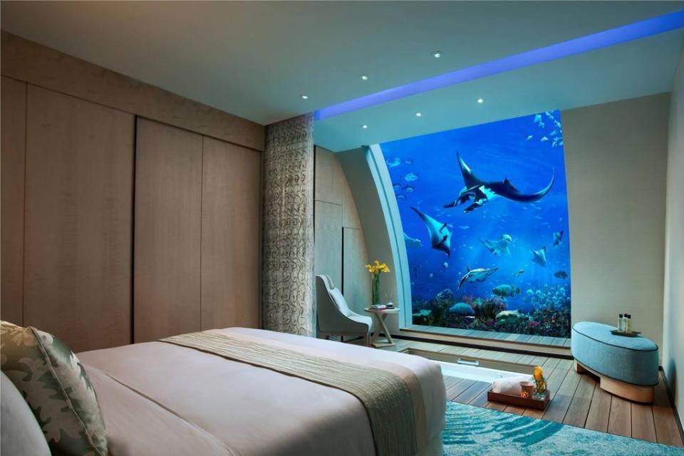 singapore honeymoon Resorts World Sentosa - Beach Villas