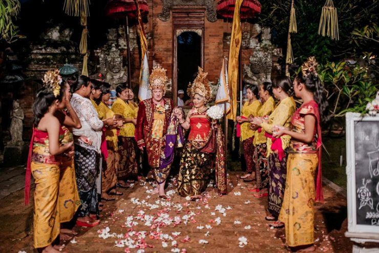 wedding venues bali temple