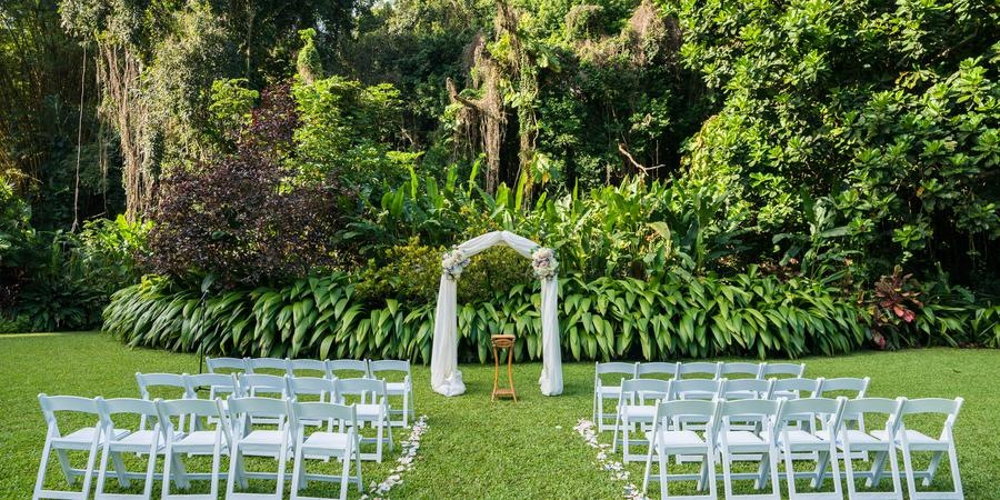 haiku gardens wedding venue hawaii