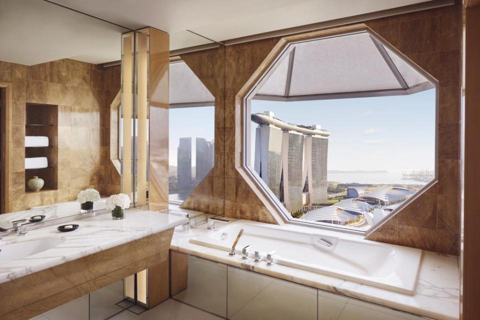 The Ritz-Carlton Millenia Singapore Bathroom View MBS