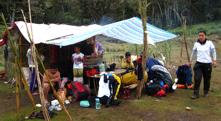 Mt Apo trek - at Lake Venado