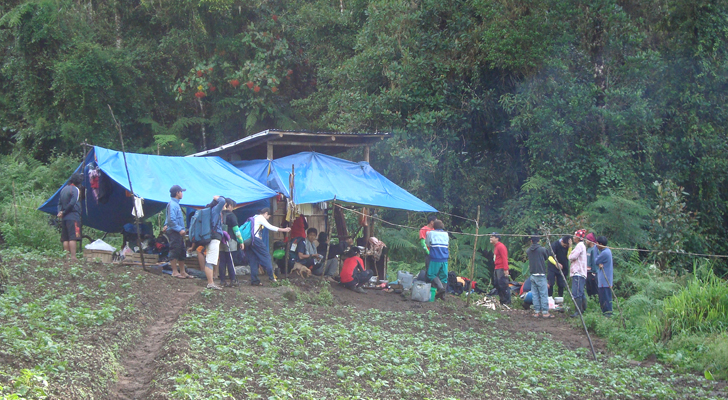 Mt Apo Trek - breakfast stopover