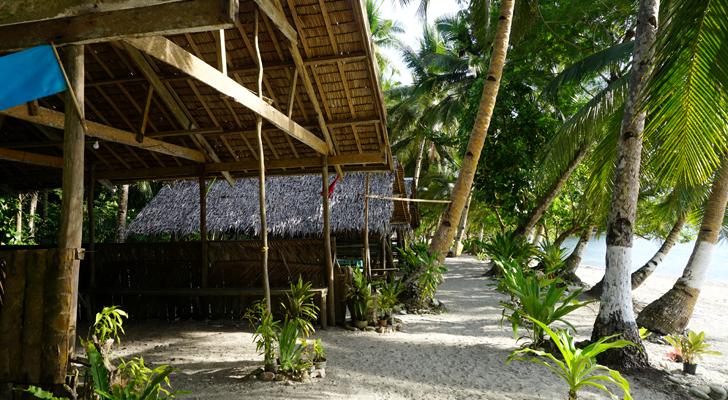 Dinagat island hopping - empty beach at Cabacongan