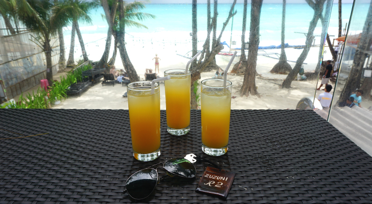 Zuzuni Boracay - welcome drinks