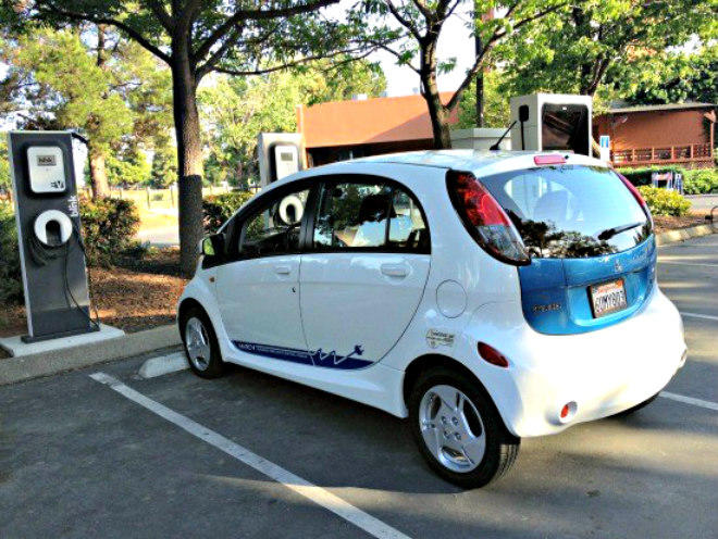 A Mitsubishi MIEV getting charged in Concord, California.