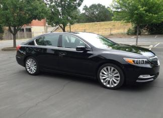 The plush, pricey 2014 Acura RLX