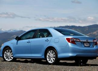 More than 800,000 Toyota Camry, Avalon and Venza models are being recalled.