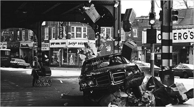 Gene Hackman's driving scenes in a 1971 Pontiac LeMans included this crash.