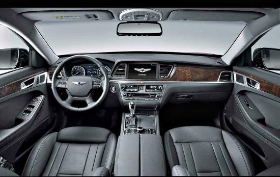 The resigned interior of the 2015 Hyundai Genesis.