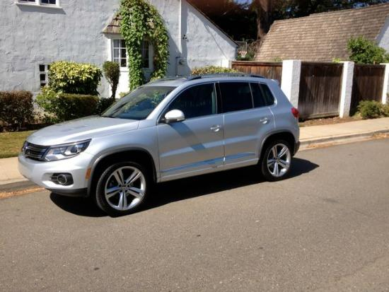 The 2014 Volkswagen Tiguan has a refined interior and exterior.