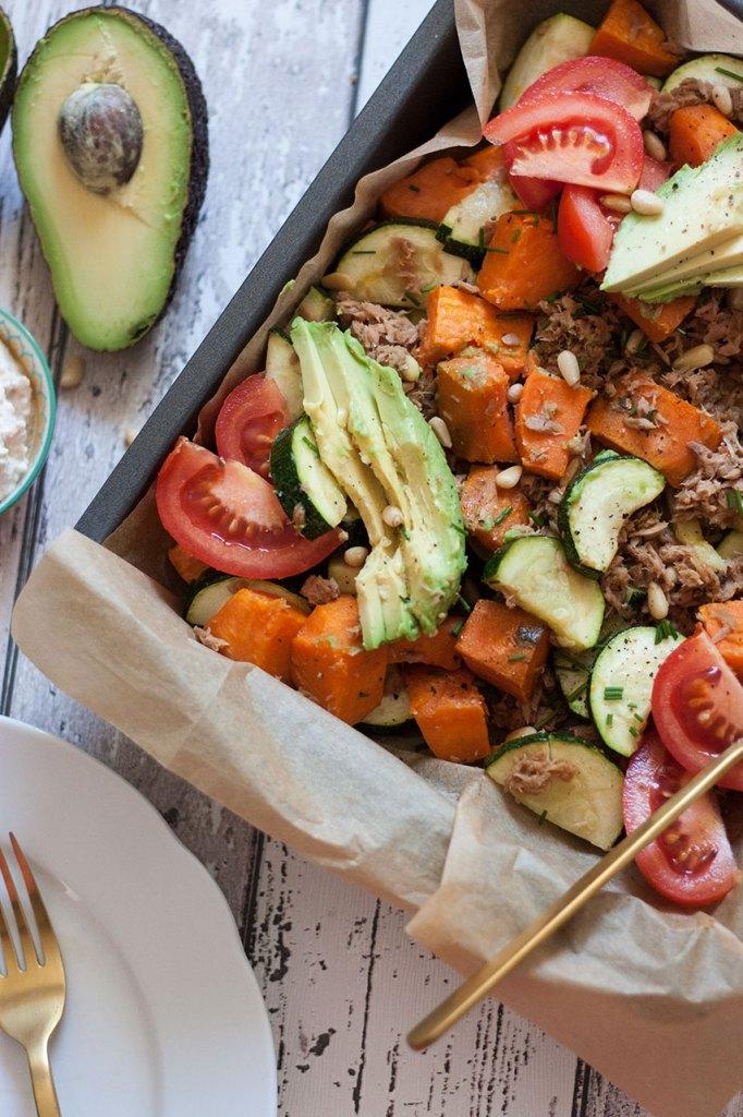Kunterbuntes Gemüse mit Thunfisch vom Blech!
