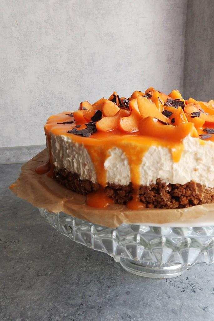 Cheers! Auf unsere Mütter, mit diesem Aperol-Cheesecake zum Muttertag!