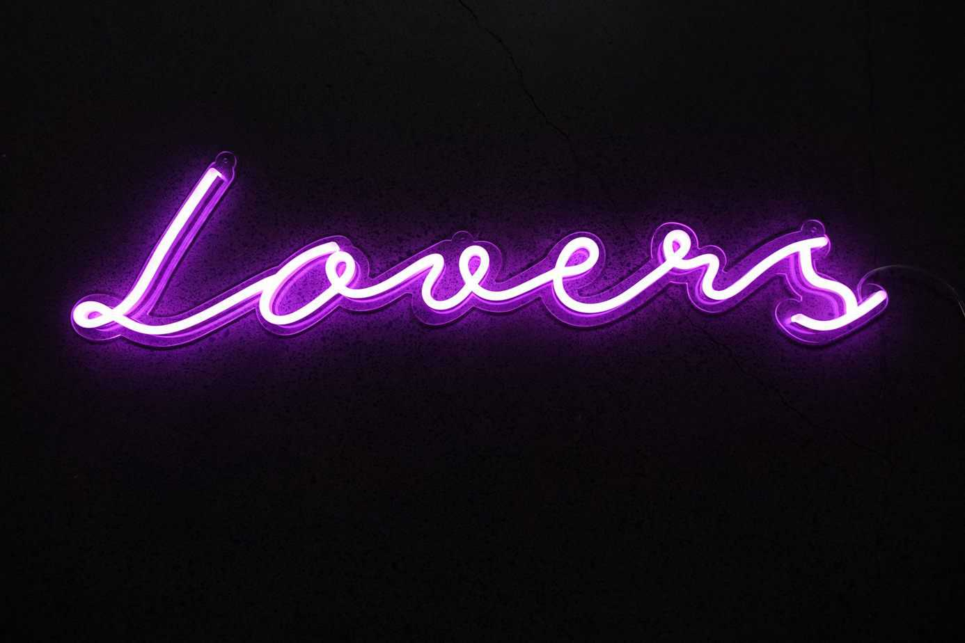 Neon Sign Lovers
