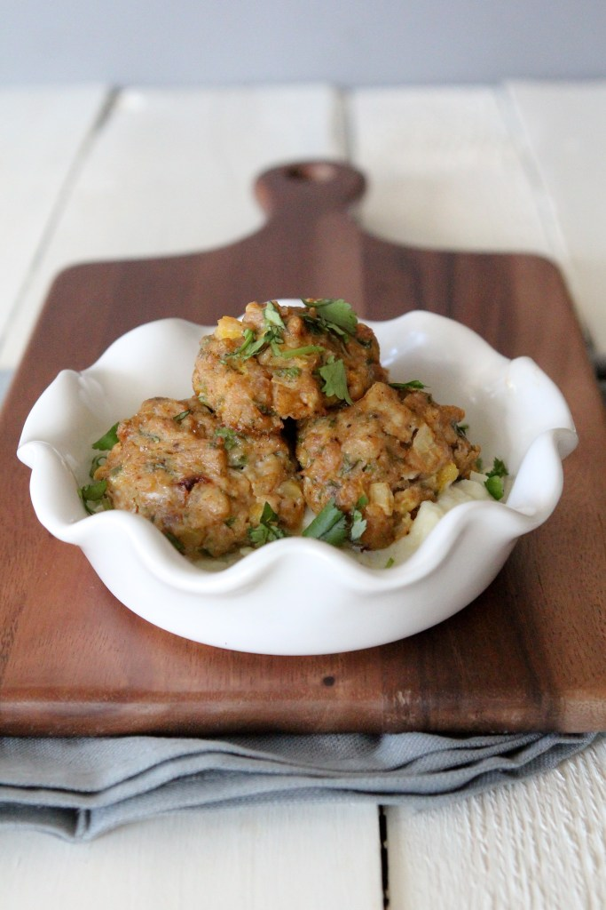 Whole30 Mango + Jalapeño Chicken Meatballs from the Whole Smiths. GREAT for leftovers as this easy recipe makes a ton.