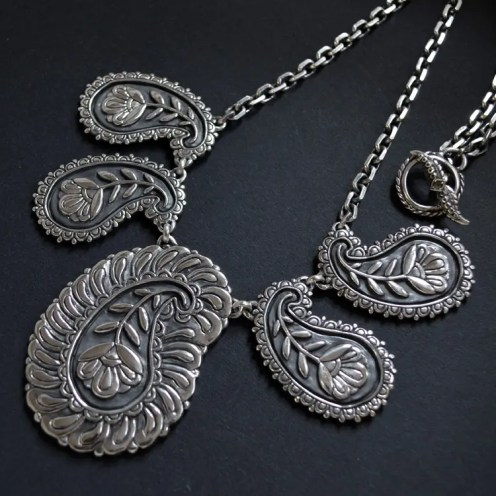 Paisleys Necklace
