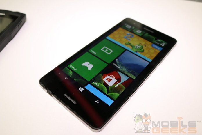 Wistron-Tiger-Windows-Phone-0002