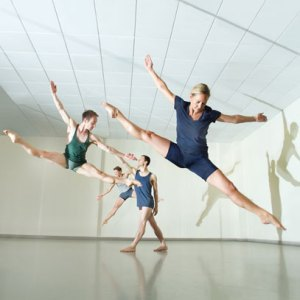 FIGURE GROUND - Yorke Dance Project