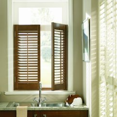 Full Circle Kitchen Brush Table And Corner Bench Café Style Shutters | The Window Shutter Company