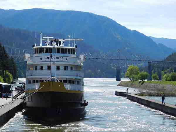 _cruise-ship-600p
