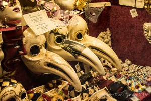 Bottega dei Mascareri plague doctor mask