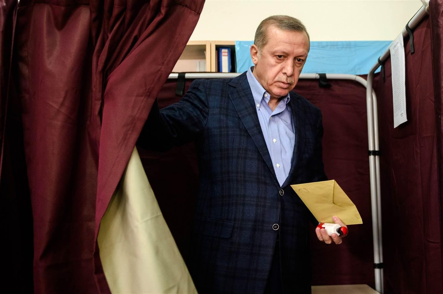 """Sublime Porta is great again"": il referendum turco"
