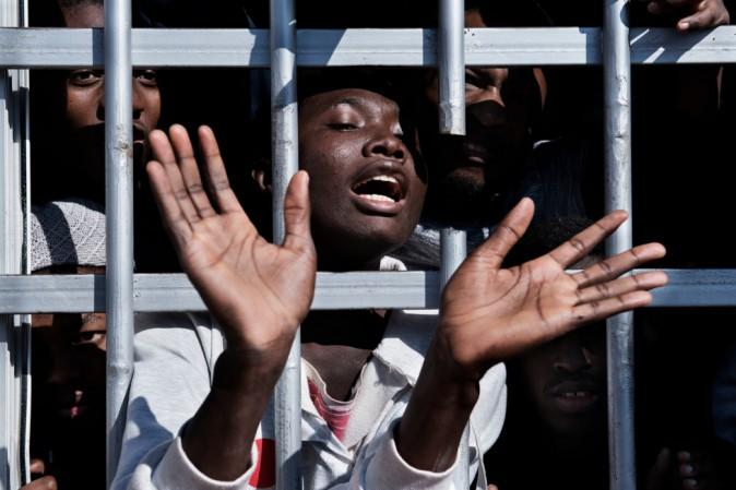Se questi sono uomini: i centri di detenzione di oggi