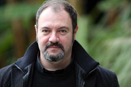 La «metà oscura»: theWise incontra Carlo Lucarelli