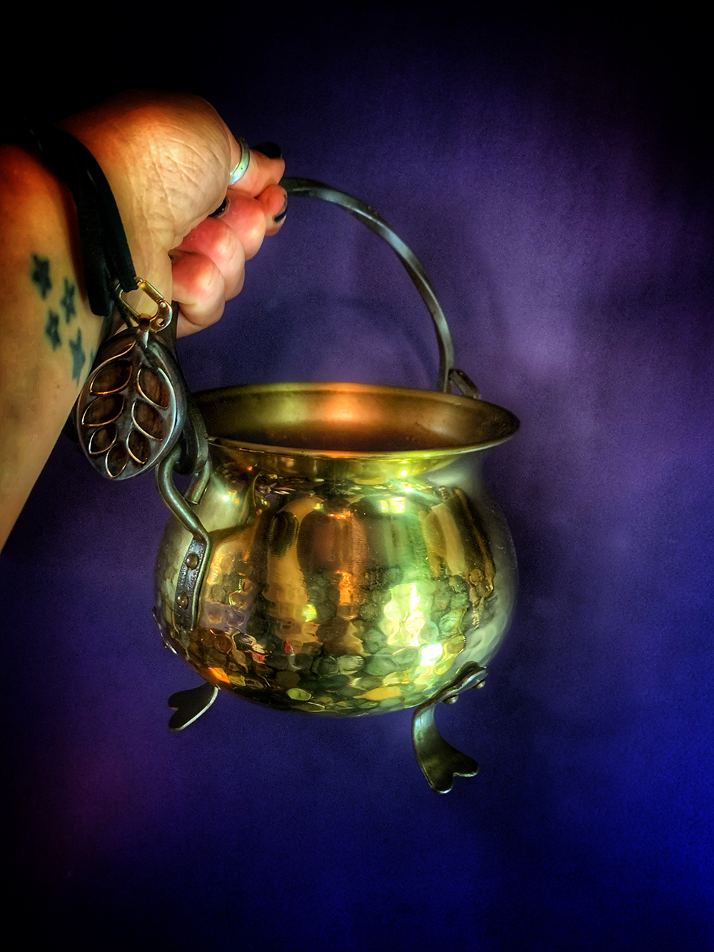 Vintage Brass Cauldron