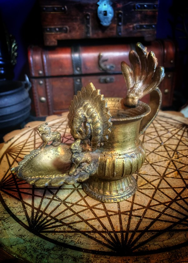 Antique Brass Sukunda Ritual Lamp