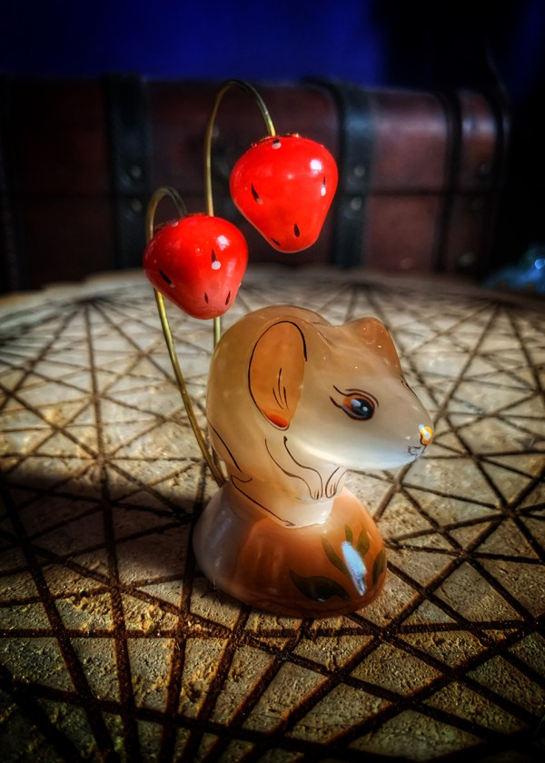 Russian Selenite Strawberry Mouse