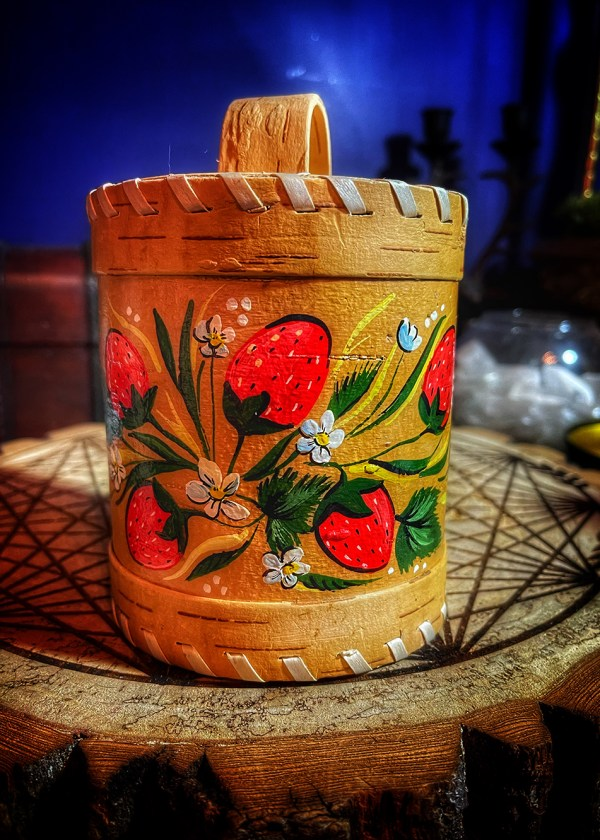 Strawberry Birch Bark Talismanic Container