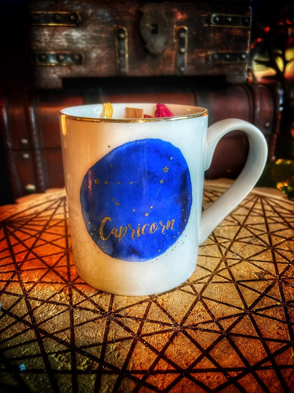 Capricorn Vintage Zodiac Mug Candle