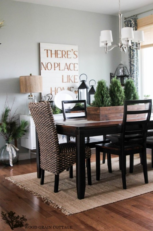 Dining room paint color (Tranquility Benjamin Moore)