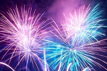 fireworks-thewordisbond
