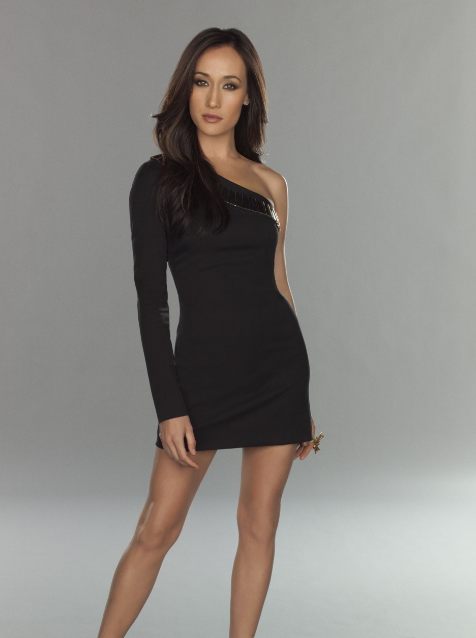 Hottie Of The Week Maggie Q The Word Of Matus