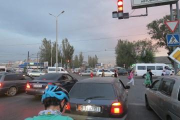 Warten im Verkehrschaos