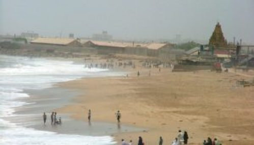 Manora_Beach_Karachi_Pakistan-1020x586