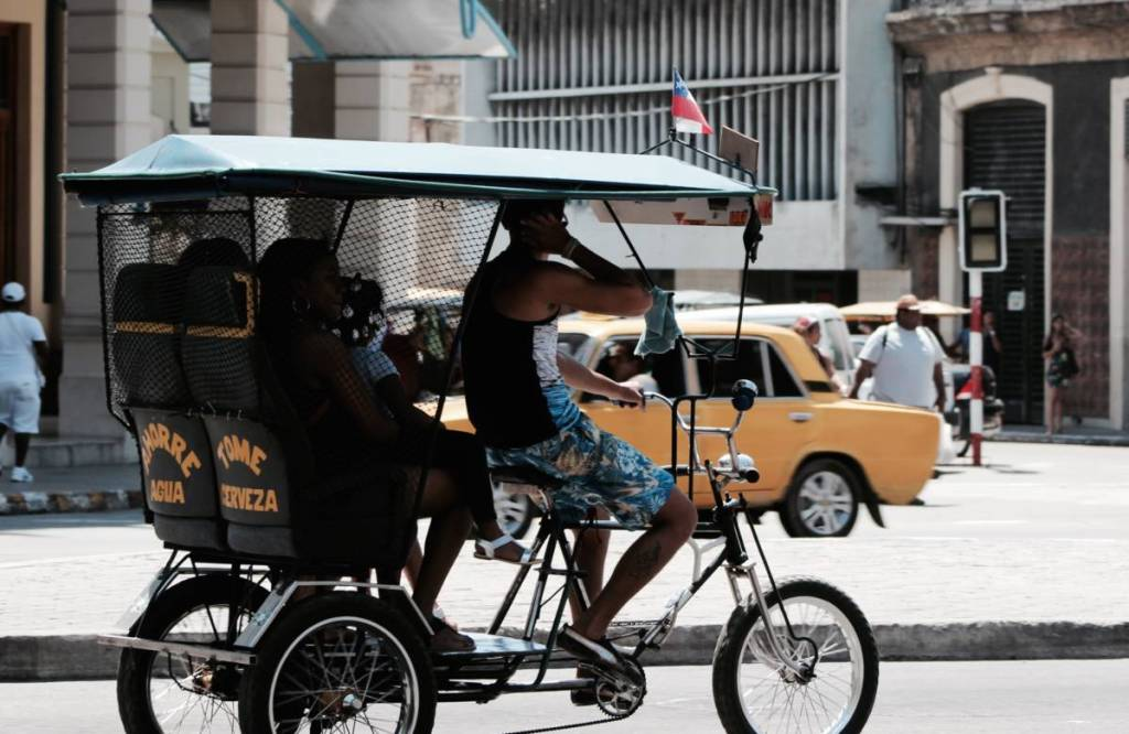 bicycle-taxi-in-cuba-havana