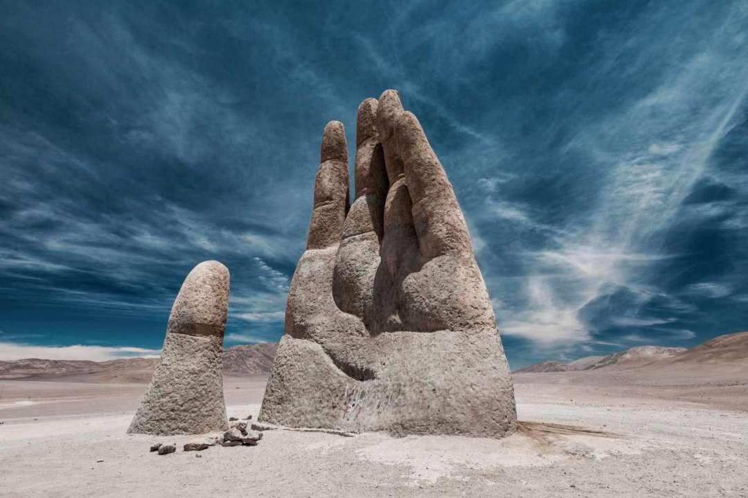 mano-del-desierto-the-hand-of-chile