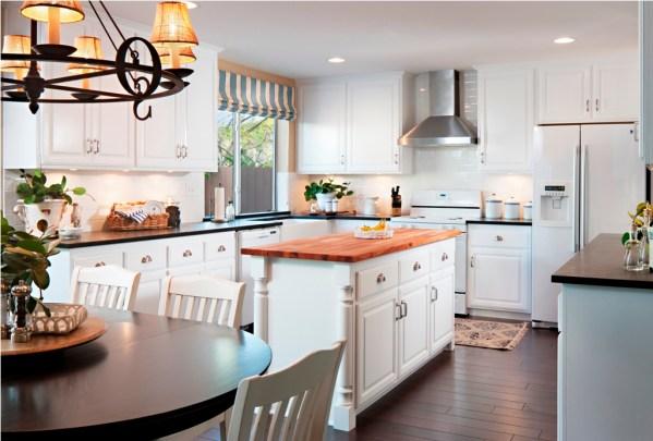 coastal style kitchen 30 Cool Beach Style Kitchen Designs