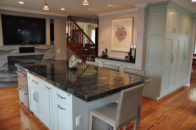 Small Galley Kitchen Decorating Ideas