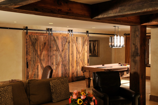 21 Beautiful Traditional Basement Designs